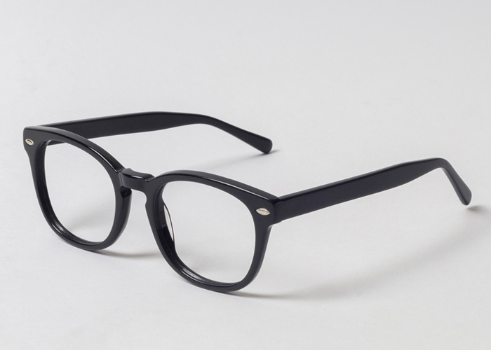 7183f60245 These kind of frames are super thick in design with heavy nose bridge and  heavy temples